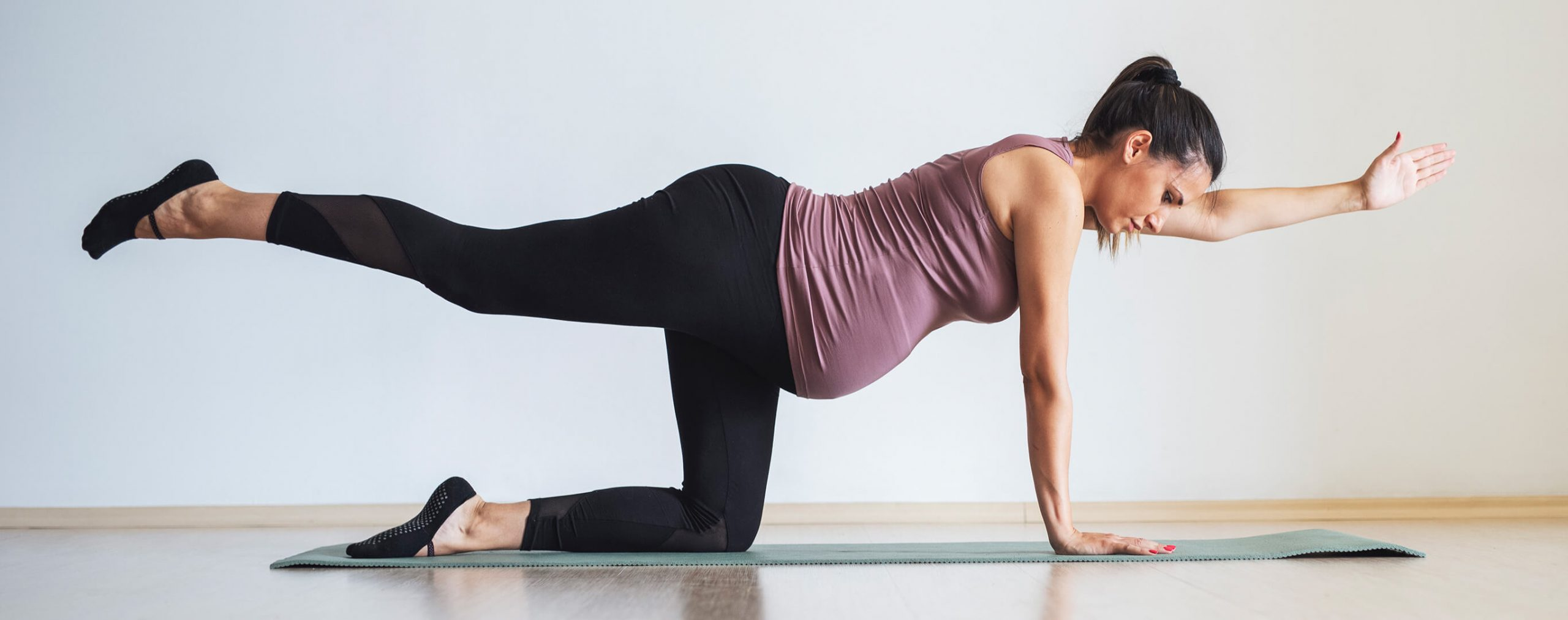 Uebung gegen Rueckenschmerzen in der Schwangerschaft
